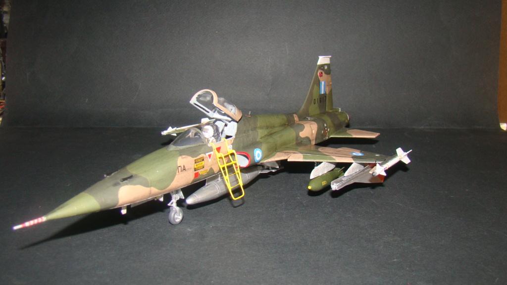 [Testors] Northrop Freedom Fighter F-5A 1/48 Armee de l'Air Greque Dsc08139