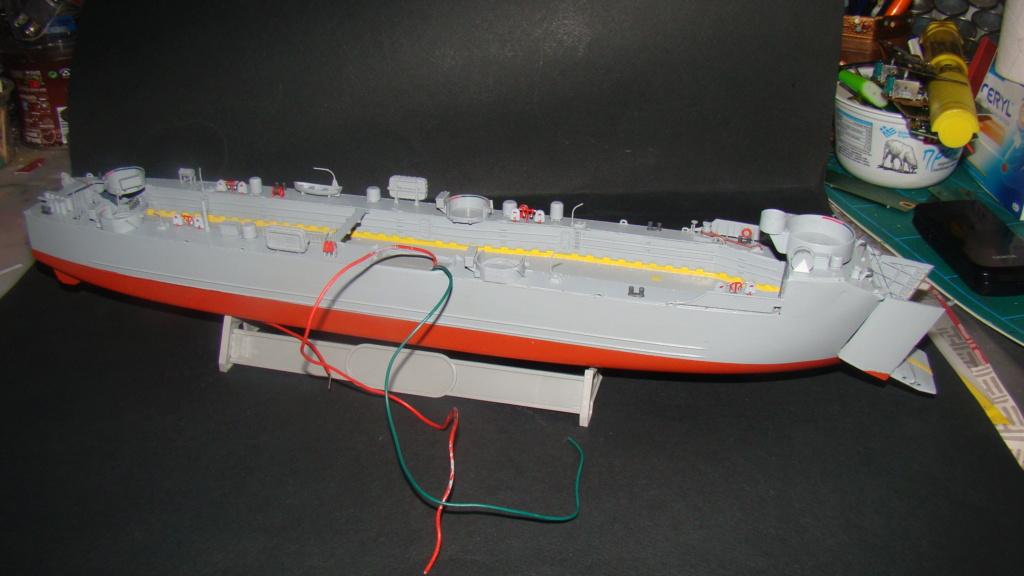 LSM L164 Roussen (Revell 1/144° moteurs-lumieres) par nikolaos Dsc08150