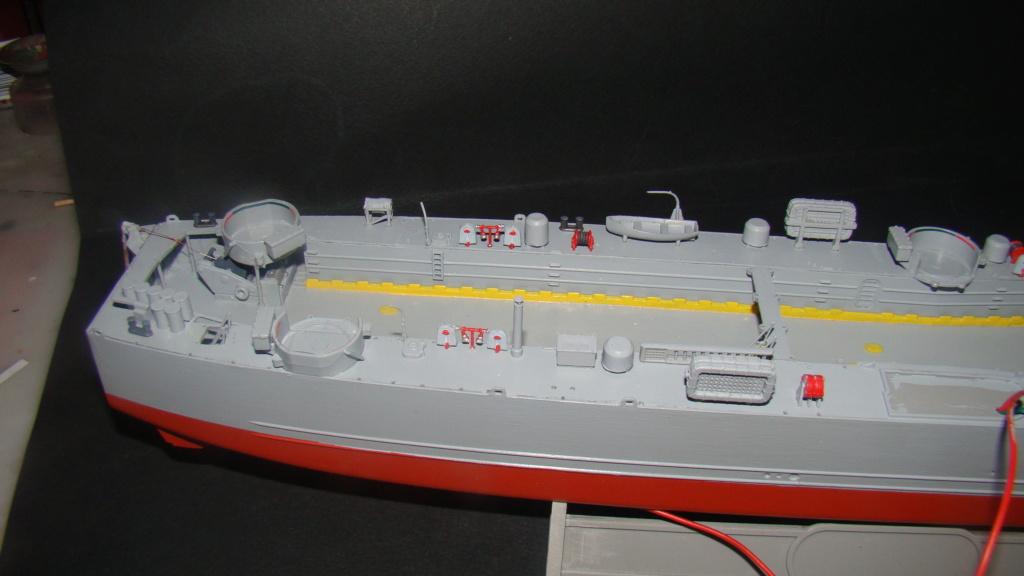 LSM L164 Roussen (Revell 1/144° moteurs-lumieres) par nikolaos Dsc08151
