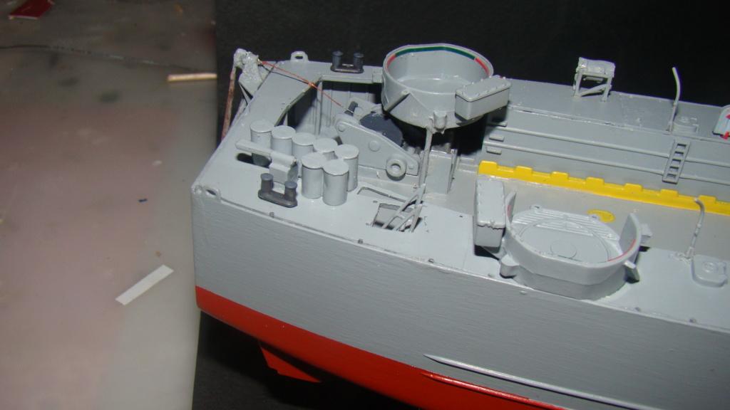 LSM L164 Roussen (Revell 1/144° moteurs-lumieres) par nikolaos Dsc08213