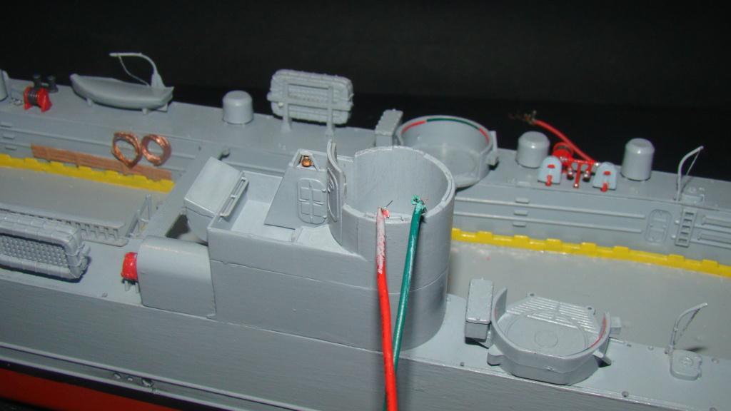LSM L164 Roussen (Revell 1/144° moteurs-lumieres) par nikolaos Dsc08217