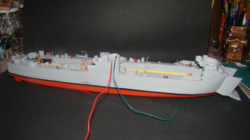 LSM L164 Roussen (Revell 1/144° moteurs-lumieres) par nikolaos Dsc08218