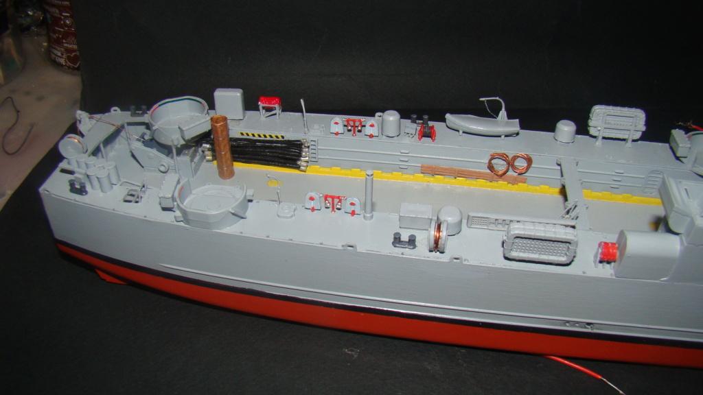 LSM L164 Roussen (Revell 1/144° moteurs-lumieres) par nikolaos Dsc08219