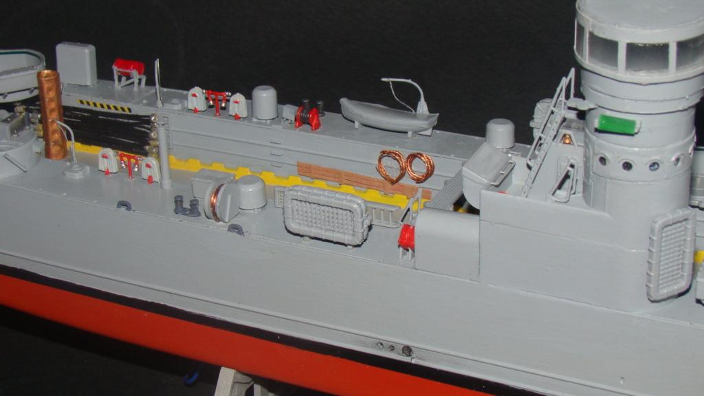 LSM L164 Roussen (Revell 1/144° moteurs-lumieres) par nikolaos Dsc08227