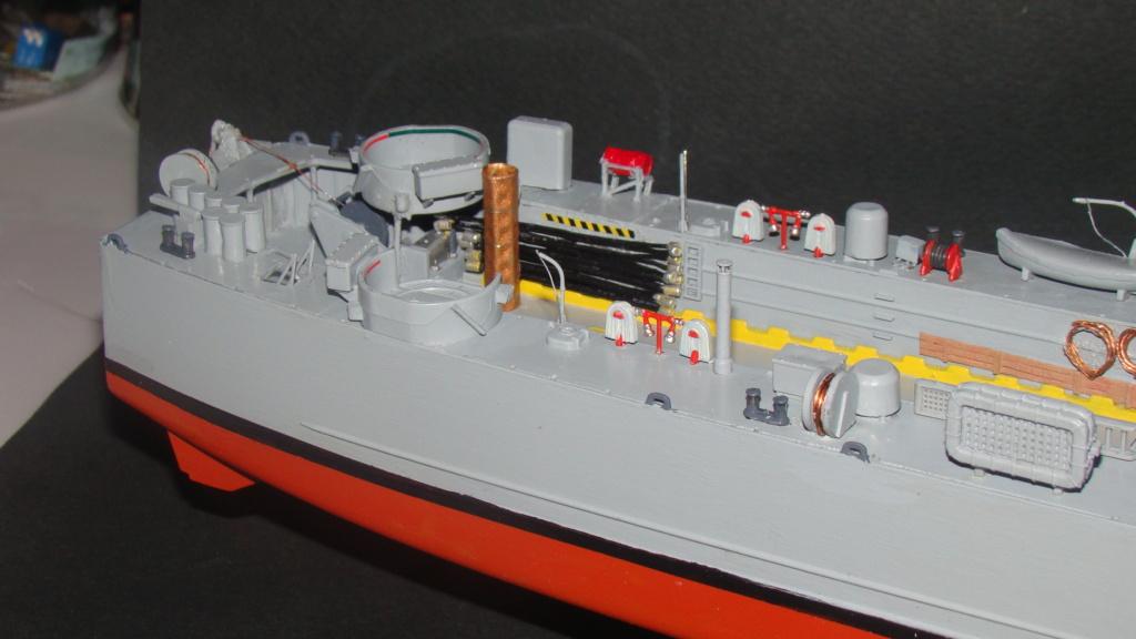 LSM L164 Roussen (Revell 1/144° moteurs-lumieres) par nikolaos Dsc08228