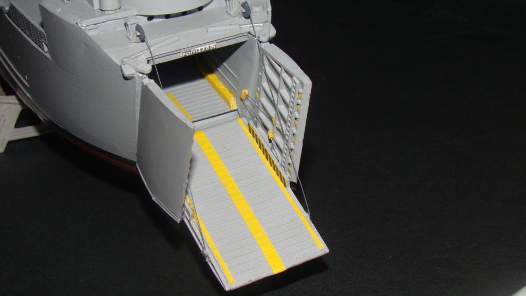 LSM L164 Roussen (Revell 1/144° moteurs-lumieres) par nikolaos Dsc08229