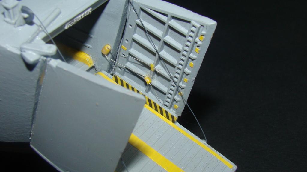 LSM L164 Roussen (Revell 1/144° moteurs-lumieres) par nikolaos Dsc08230
