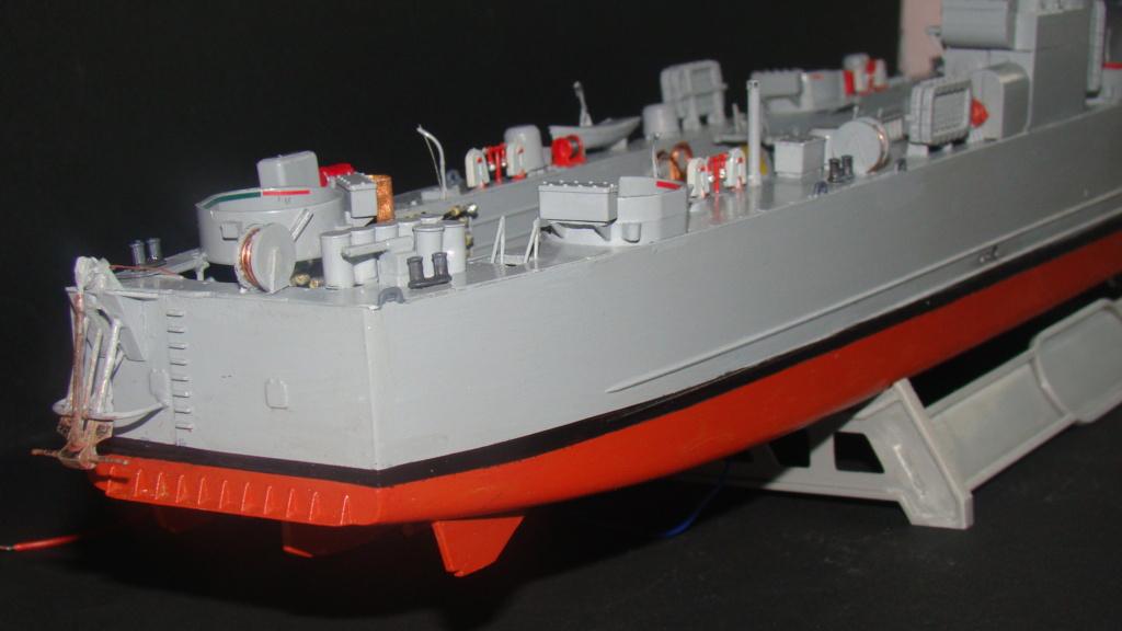 LSM L164 Roussen (Revell 1/144° moteurs-lumieres) par nikolaos Dsc08232