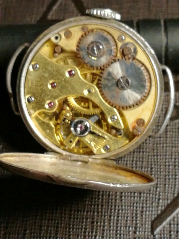 Mido -  [Postez ICI les demandes d'IDENTIFICATION et RENSEIGNEMENTS de vos montres] - Page 33 F2ba4610