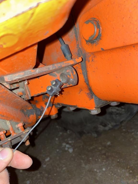 R80s Mecanisme de fixation à la pedale du cable d'accélérateur 4a103e10