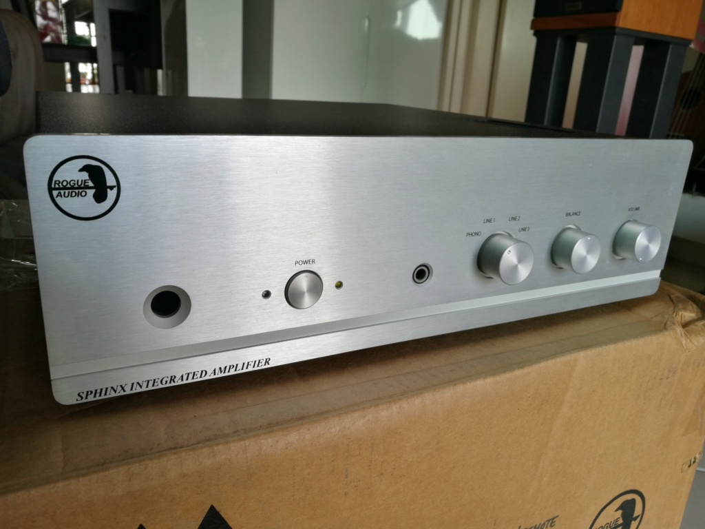 Rogue Audio Sphinx V2 Hybrid Integrated Amplifier (Used) Img_2012