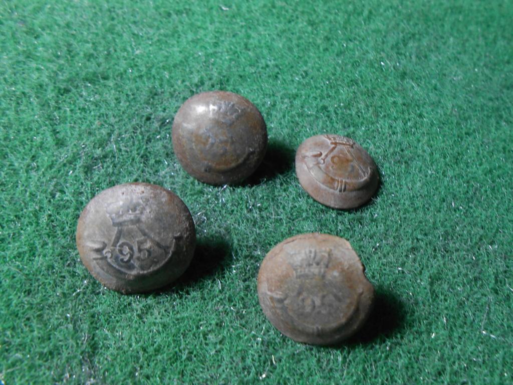 botones del 95 Rifle, Botones ingleses guerra independencia España Dscn9030