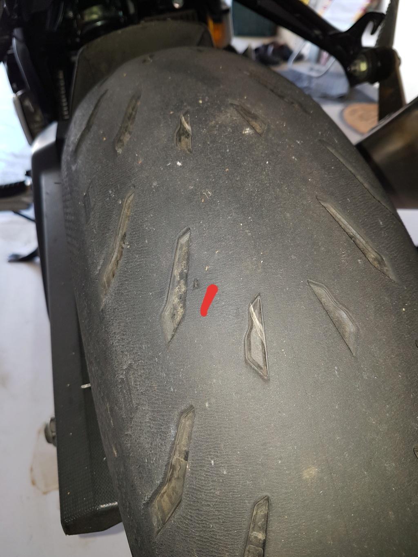 Crevaison lente. Réparation champi ou remplacement du pneu ? 20210910