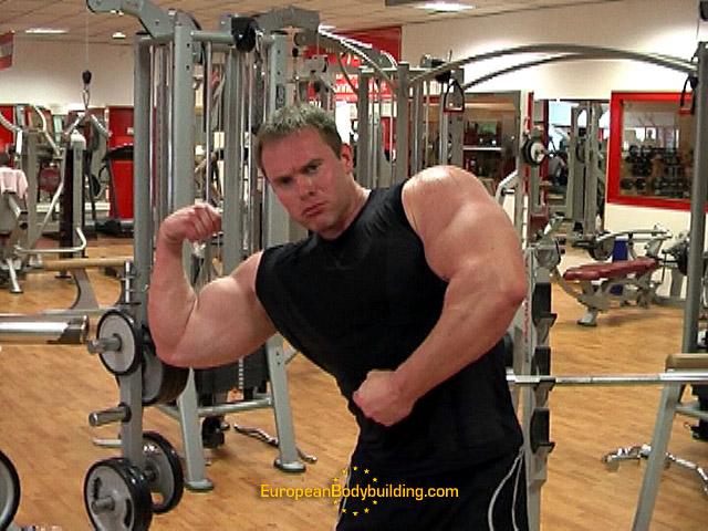 Raph 2008 / Pictures & videos - Page 3 Raph_l10