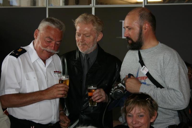 L'Amiral Robijns part à la retraite le 30.06.2011 - Page 3 Zeebru16