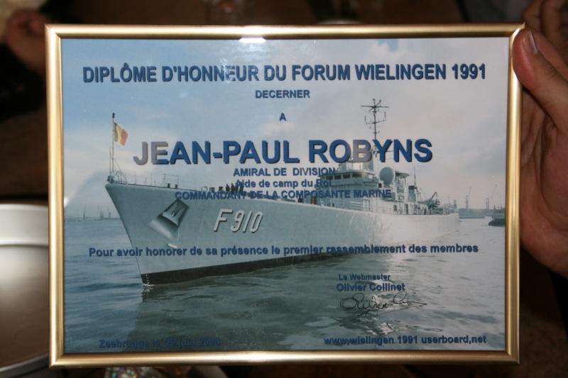 L'Amiral Robijns part à la retraite le 30.06.2011 - Page 3 Zeebru17