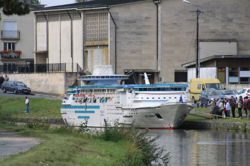 "Le bateau ""Le Majesty of the seas"" de François Zanella Img_4610"