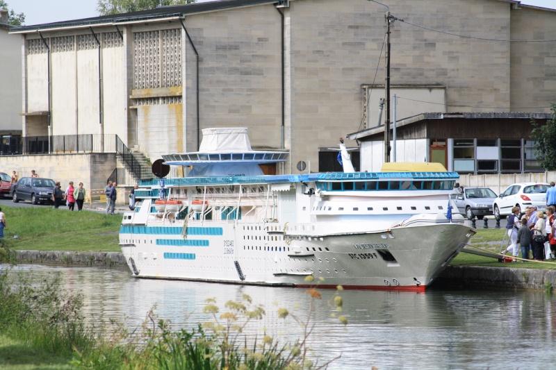 "Le bateau ""Le Majesty of the seas"" de François Zanella Img_4612"
