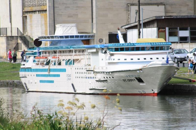 "Le bateau ""Le Majesty of the seas"" de François Zanella Img_4613"