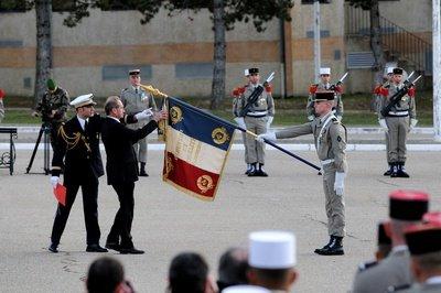 Deux légionnaires français tués en Afghanistan - Page 2 2012_013