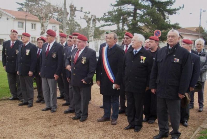 Montauban : 2 paras du 17e régiment du génie parachutiste assassinés et un grièvement bléssé.. - Page 4 2012_083