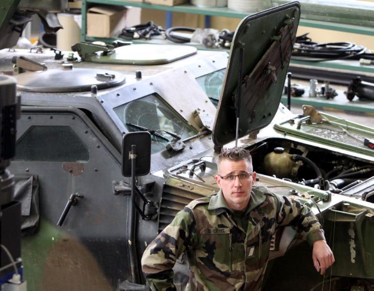 Amputé, il revient en héros d'Afghanistan 2012_084