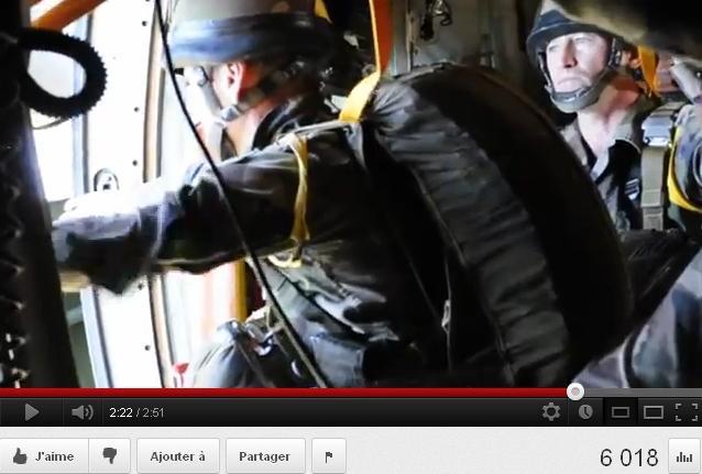 Magnifique Vidéo de largage du 2ème REP 2012_102