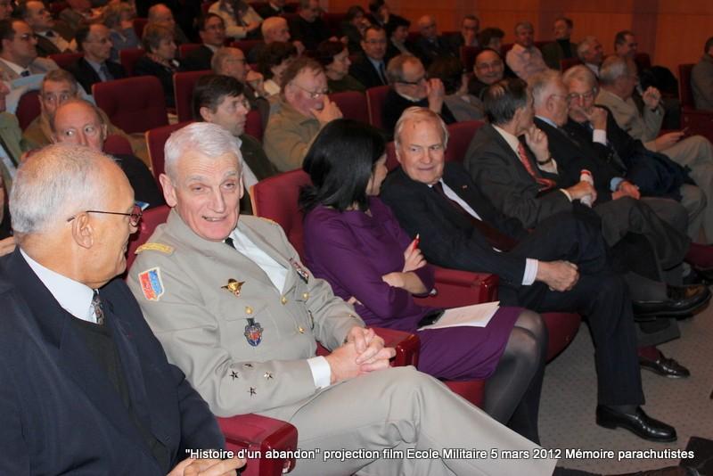 """Projection du documentaire """"Harkis, histoire d'un abandon"""" 5_mars15"""