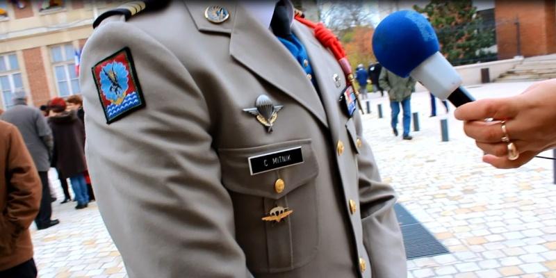 MITNIK capitaine 1er RCP 11 novembre 2012 Maisons-Alfort représente le colonel de Loustal cdc du 1er RCP Captur12