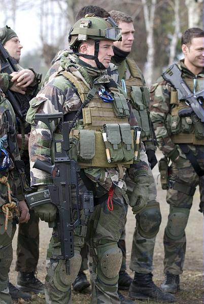 force spéciale française 06-10t10