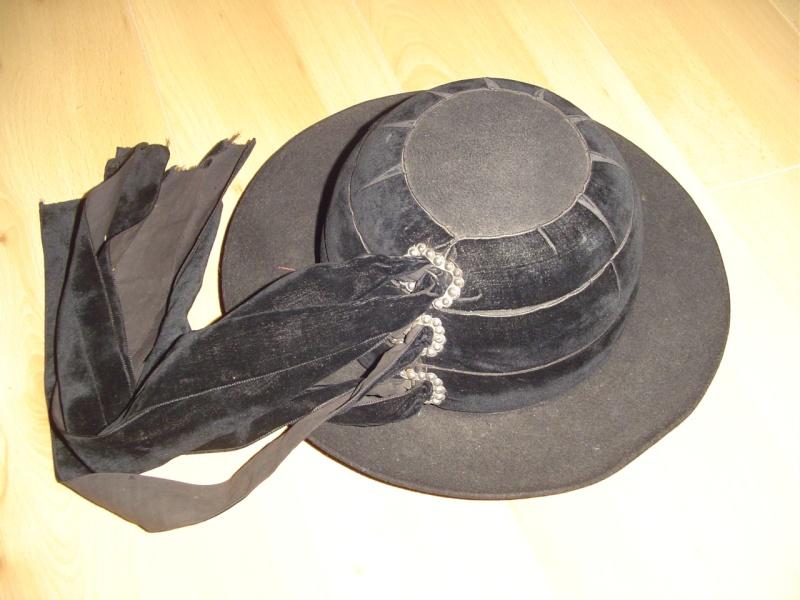 Quelques chapeaux Dsc07010