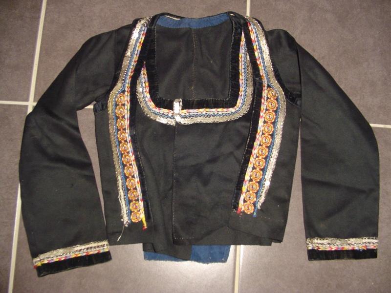 collecte costumes féminins Dsc08423