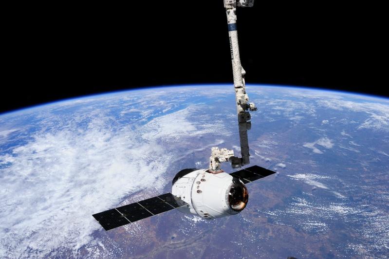 SpaceX / COTS-2: Lancement et suivi de la mission. - Page 18 13382010