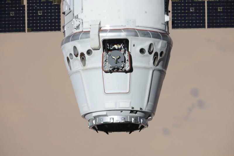 SpaceX / COTS-2: Lancement et suivi de la mission. - Page 18 13382011