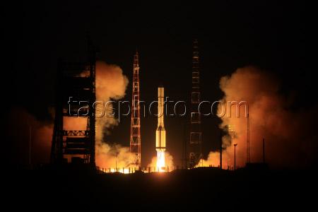 Lancement Proton-M / GLONASS-M - 4 novembre 2011 - Page 2 19627610