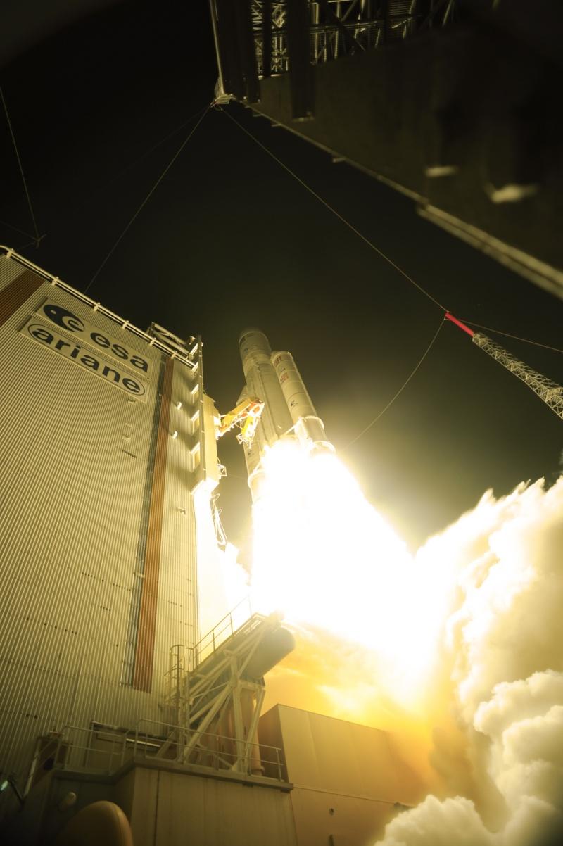 Ariane 5 V205 [ATV-3]: Lancement - Page 2 68622410