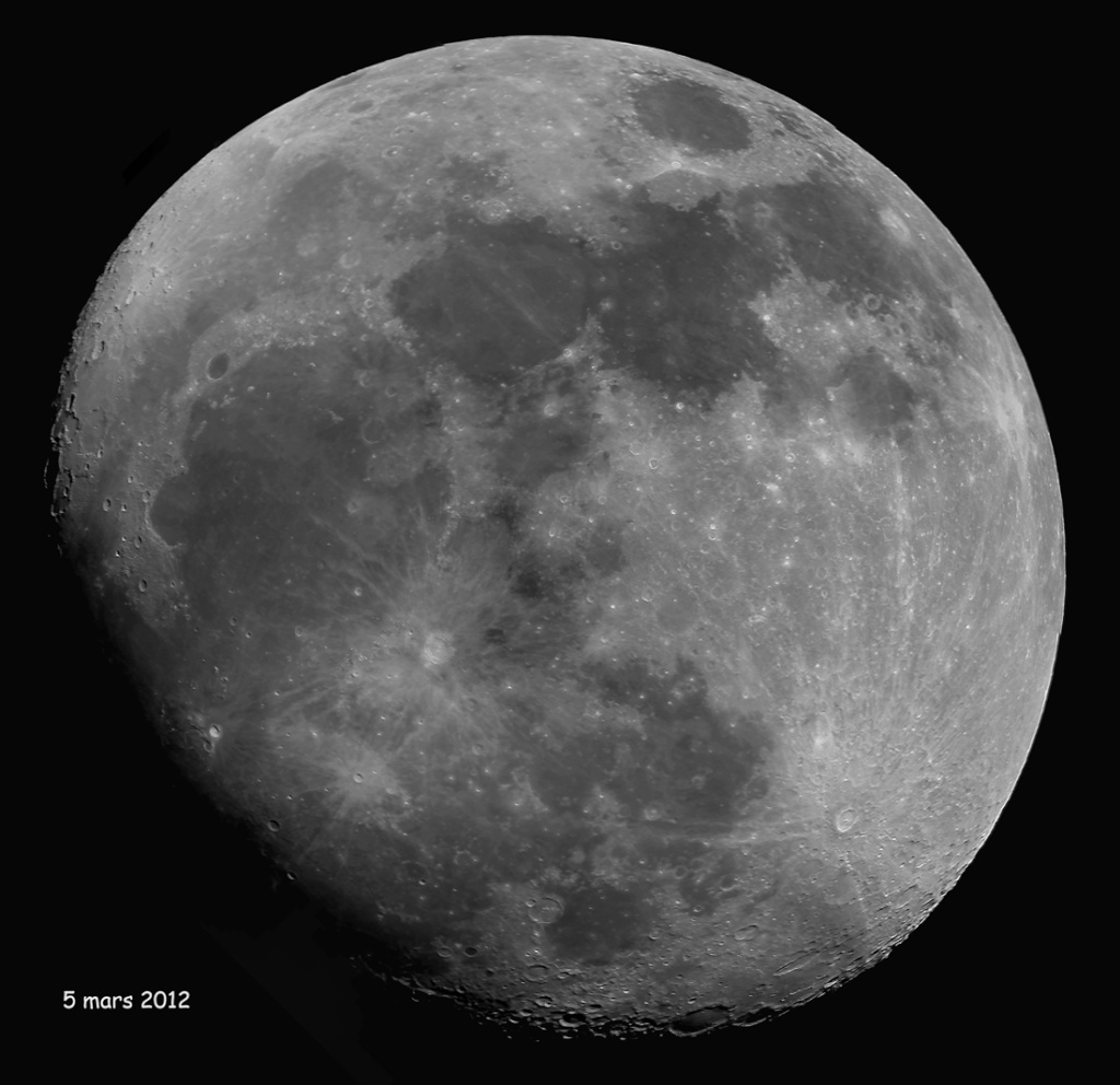 La Lune - Page 17 Mosa5_12