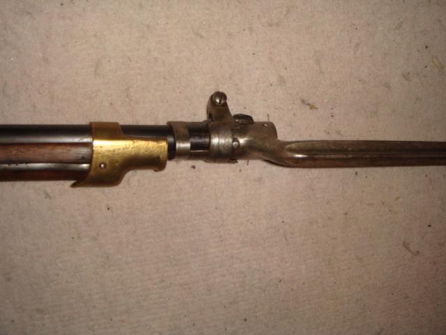 Carabine Gras de cavalerie/gendarme à cheval? Dsc00184