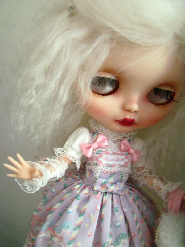 Blythe custom : ma petite tribu de grosses têtes ! Dsc04110
