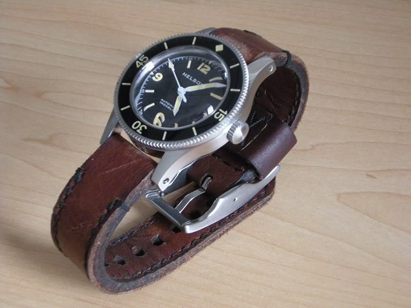 CHI : Bracelet Cuir Vintage 22 mm pour plongeuse Dscn3011