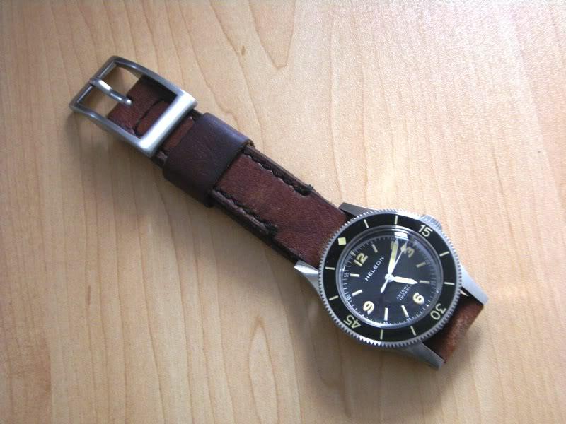 CHI : Bracelet Cuir Vintage 22 mm pour plongeuse Dscn3012