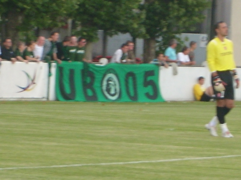 Matchs amicaux intersaison 2008/2009 - Page 9 Sl732416