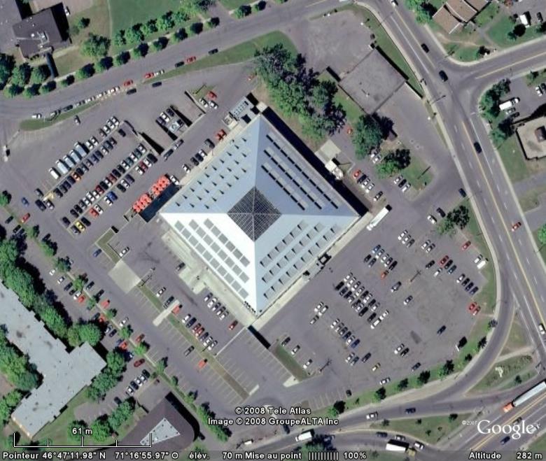 Les pyramides du monde - Page 4 Pyrami10