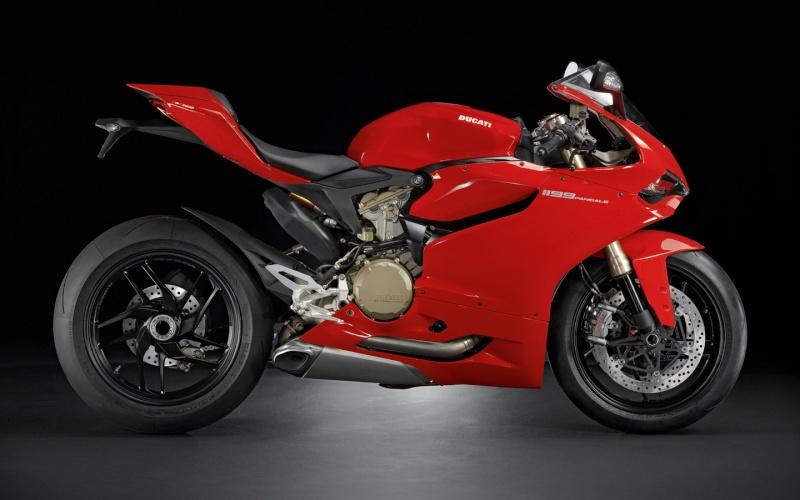 Le coin coin des Ducati - Page 21 0110