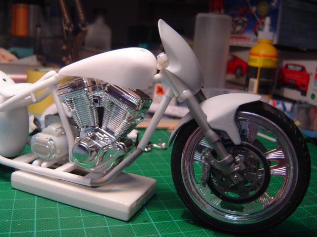 --MOTO RM 1/12 custom full transfo --(FINI LE 12/07/08) Dsc03330