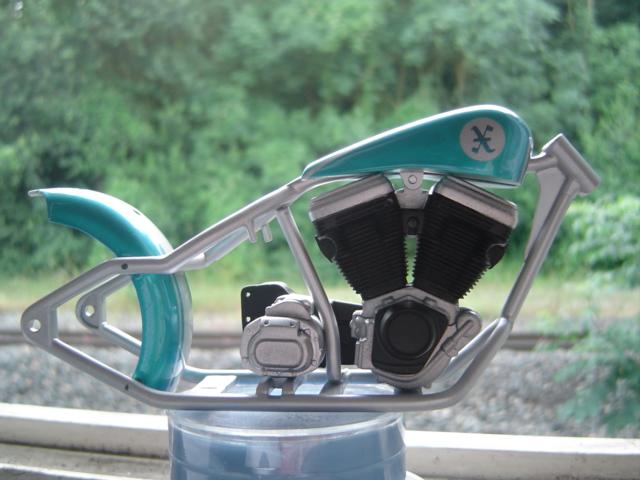 --MOTO RM 1/12 custom full transfo --(FINI LE 12/07/08) - Page 2 Dsc03410