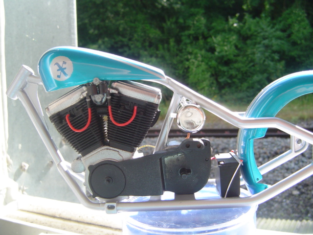 --MOTO RM 1/12 custom full transfo --(FINI LE 12/07/08) - Page 2 Dsc03417
