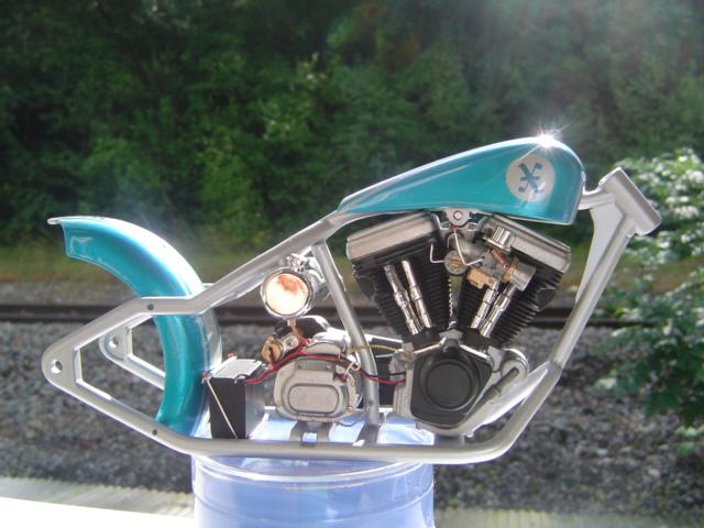 --MOTO RM 1/12 custom full transfo --(FINI LE 12/07/08) - Page 2 Dsc03419