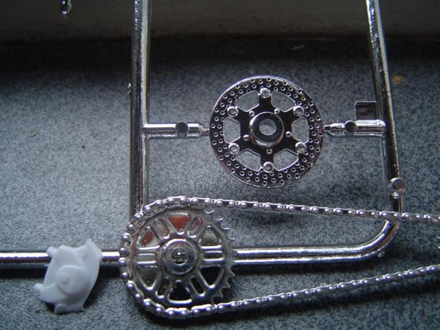 --MOTO RM 1/12 custom full transfo --(FINI LE 12/07/08) - Page 2 Dsc03420