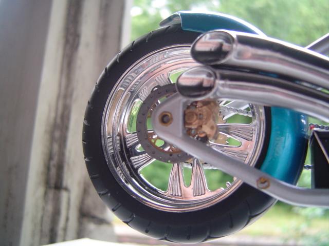 --MOTO RM 1/12 custom full transfo --(FINI LE 12/07/08) - Page 2 Dsc03421